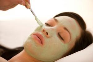 Perawatan Wajah Kusam dengan Masker Wajah
